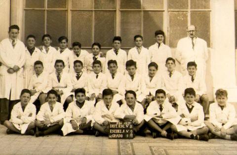 foto de quinto grado de la Escuela Florentino Ameghino