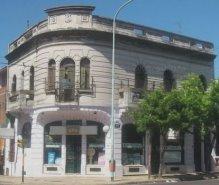 Casa y consultorio del Dr. Inocencio Liberani en Pavon 3908