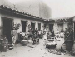 Un conventillo en el 1900