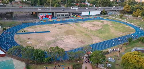 Pista de Atletismo Polideportivo Parque Chacabuco